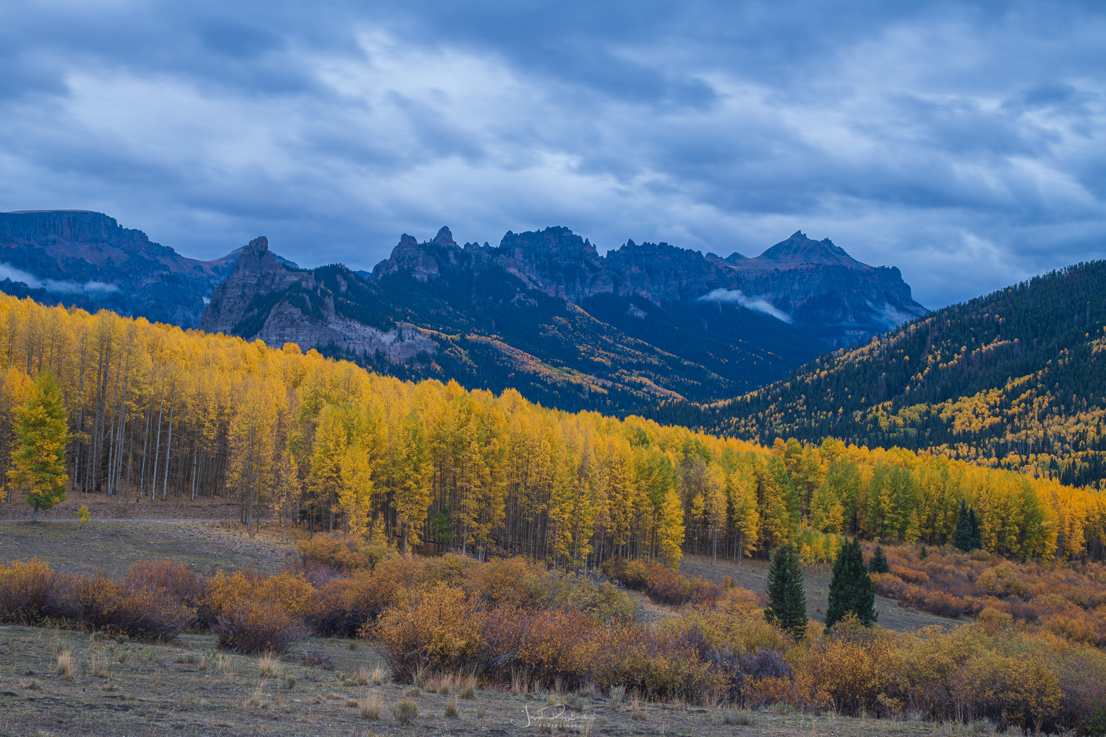 Rugged peaks of the Uncompahgre Mountains from Silver Jack.