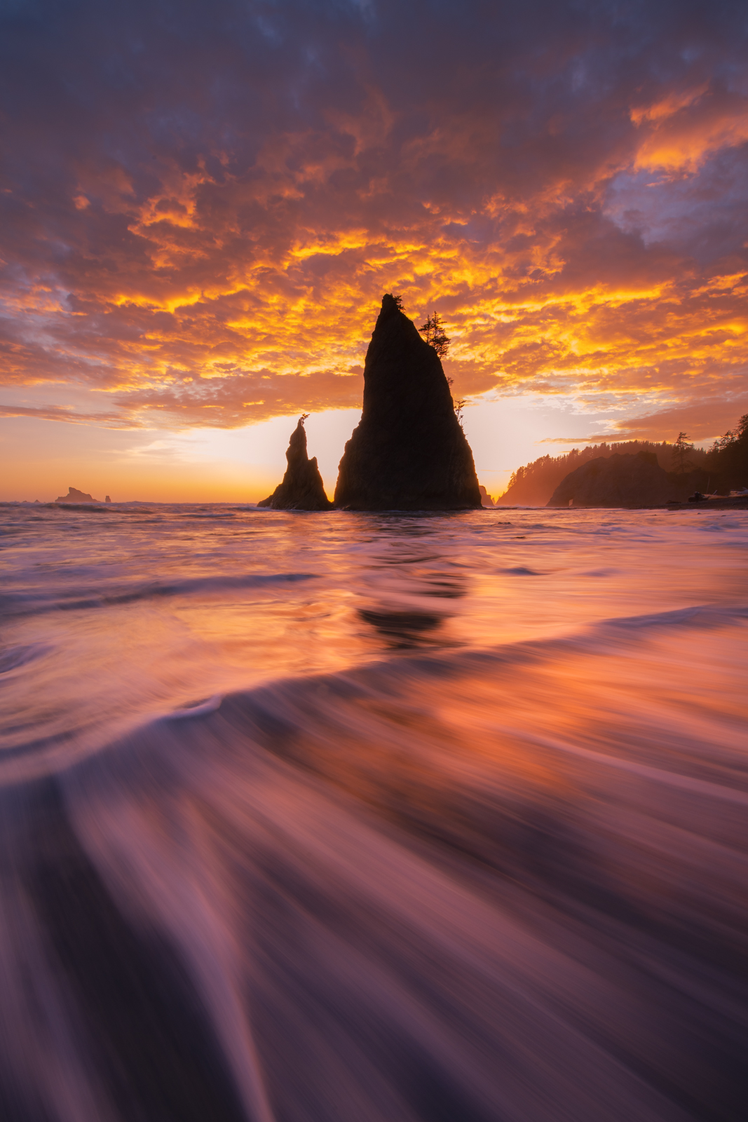 An epic sunset at Rialto Beach on the rugged coast of the Olympic Penninsula.