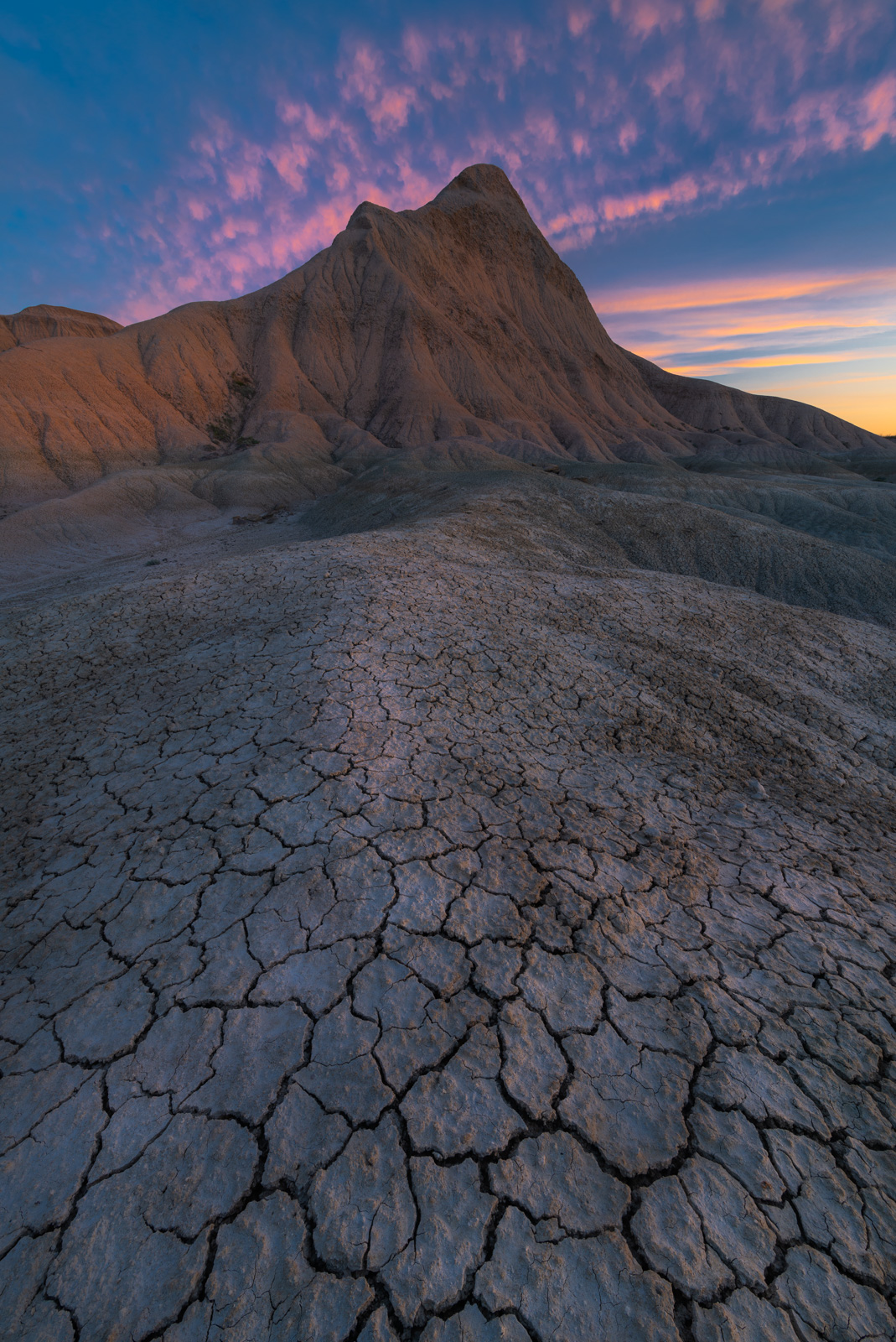 Toadstool Geologic Park is noted for its unusual geological formations, some in the shape of toadstools, and scientifically valuable...